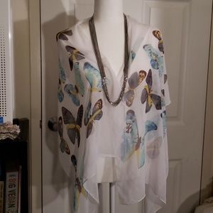 Butterflies on white background Polyester scarf